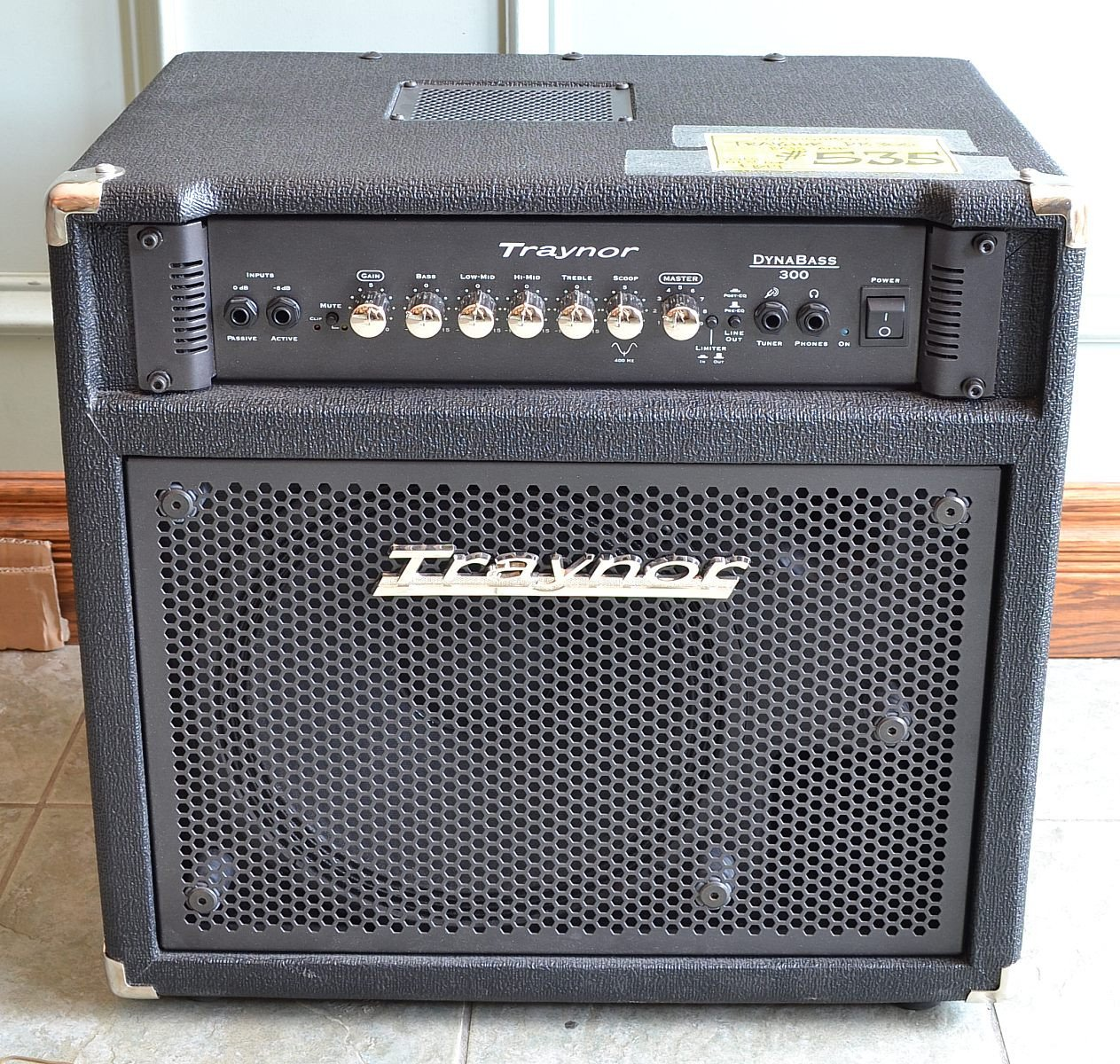 Db 300 form Traynor Db300 Bass Amp