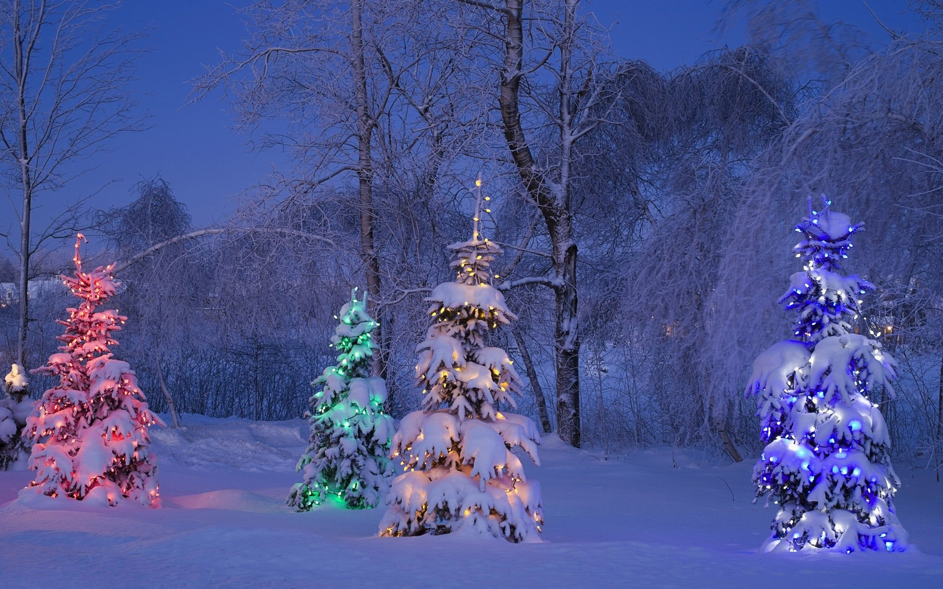 Free Christmas Desktop Wallpaper Decorate Your Windows Desktop for Christmas Ghacks Tech News