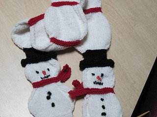 Snowman Scarf Template Ravelry Snowman Snowball toddler Scarf Pattern by Suzanne